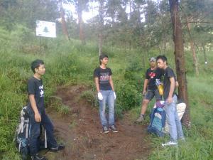 7. Perjalanan menuju camp 1 pendhing.