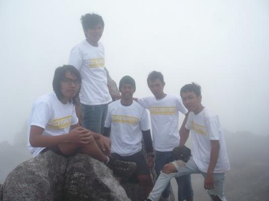 Puncak garuda 2968 Mdpl - Gunung Merapi.