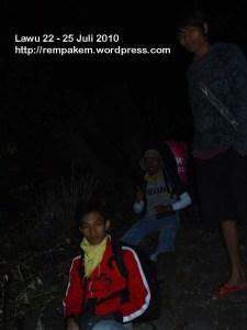 16. Perjalan Malam Gunung Lawu