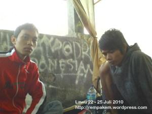 17. Camp Di Pos 3 Watu Gede